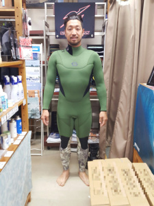 BEWET キラー限定 BACK ZIP
