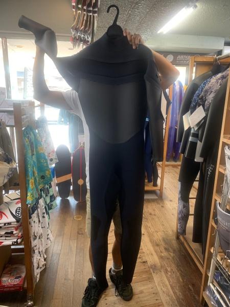 ウェットスーツ セイバークロス  ライトシェル メガドライ